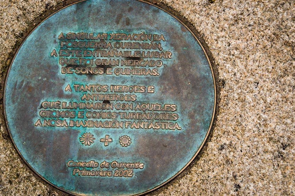 Monumento a los héroes del Comic Ourense